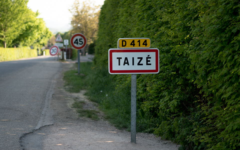 Taizé slow down…