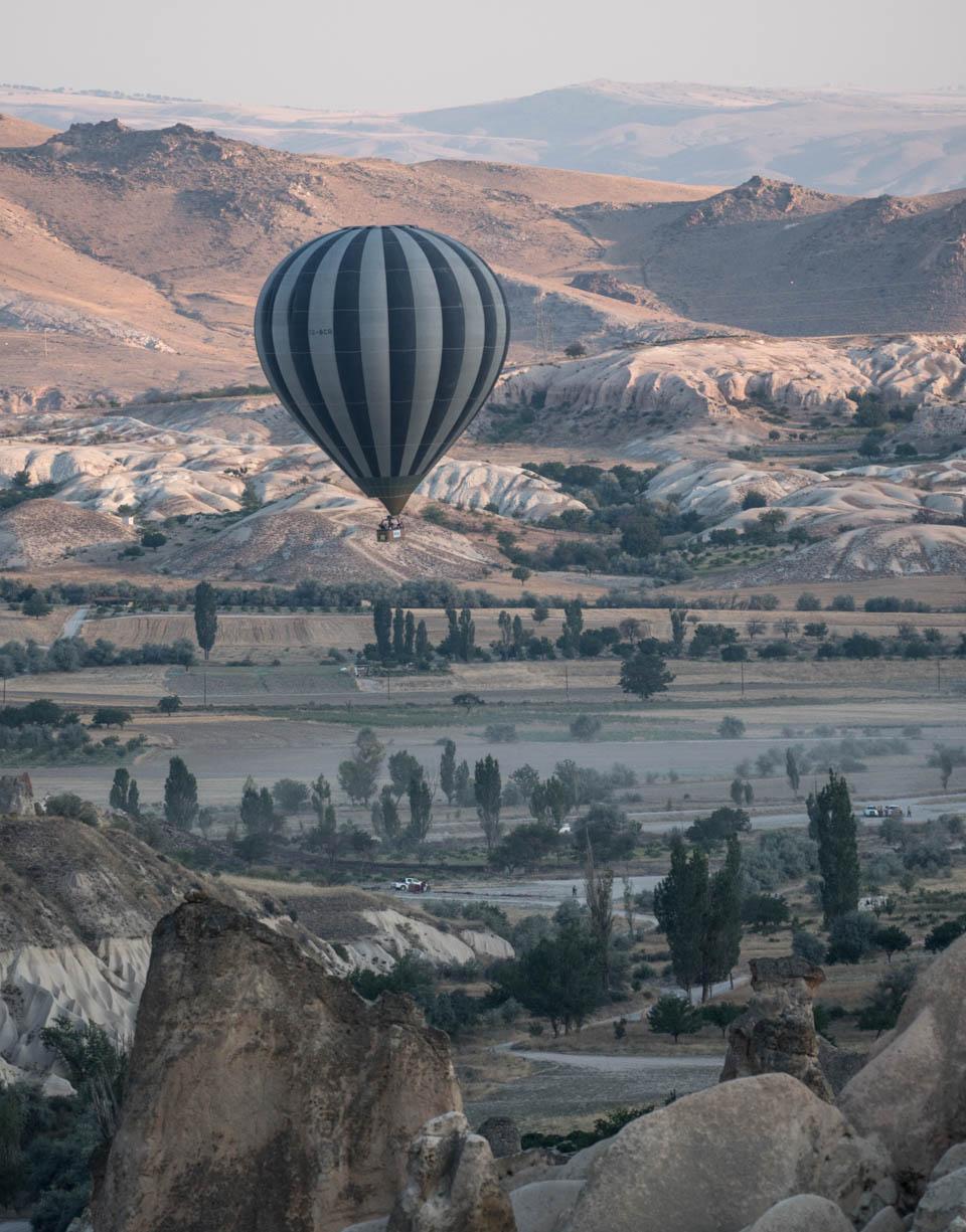 Ballone und Steinstädte in Kappadokien – Galerie